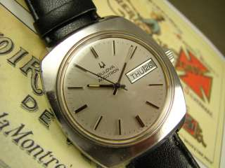 SUBSTANTIAL BULOVA ACCUTRON MENS WATCH DAY DATE VINTAGE 60s STEEL
