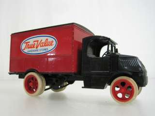 Ertl True Value 1926 Bull Dog Delivery Truck Die Cast Coin Bank
