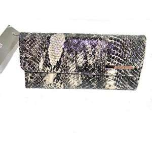 Clutch with Deatchable Kiss Coin Purse, Animal Snake Print: Beauty