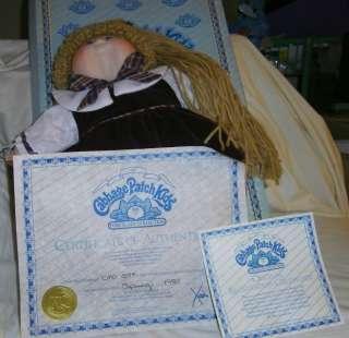 Vtg LE Cabbage Patch Kids Porcelain Doll 1985 DELLA MIB