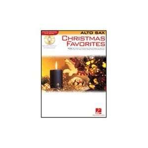 Hal Leonard Christmas Favorites (Alto Sax) Book and CD