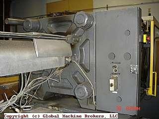 Sumitomo Injection Molding Machine SG220 350
