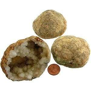 Calcite Geode   Unopen Small Toys & Games