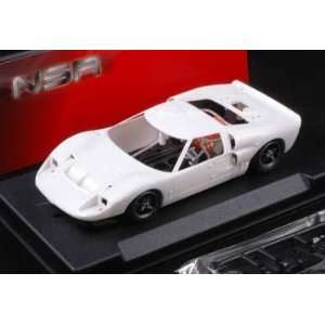 1/32 NSR Analog Slot Cars   Ford GT40 Mark II   Plain White Kit