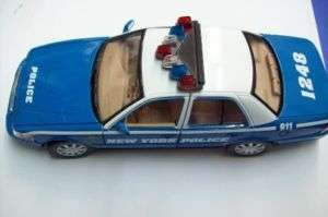2007 Ford Crown Victoria NYPD Car diecast model Blue