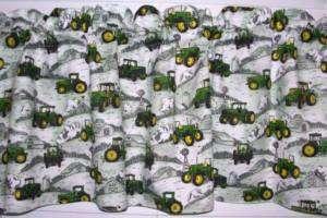 NEW JOHN DEERE GREEN TRACTOR PARADE BARN WHITE VALANCE