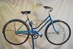 Schwinn Breeze Ladies bicycle bike Blue Bendix 2 speed kickback