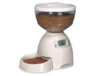 PETMATE LE BISTRO PORTION CONTROL AUTOMATIC PET DOG CAT FEEDER 5 HOLDS