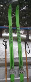 Cross Country 81 Skis 3 pin 210 cm +Poles TUNDRA