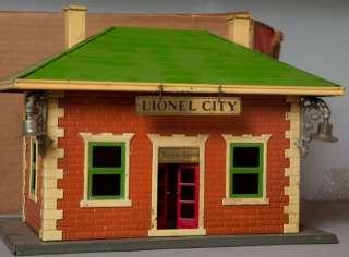 Lionel #124 Illuminated Station, pre war, original box, not restored