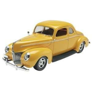 85 4993 1/25 1940 Ford Coupe Street Rod Toys & Games