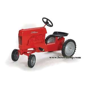 Ford 2000 WF Pedal Tractor red Toys & Games