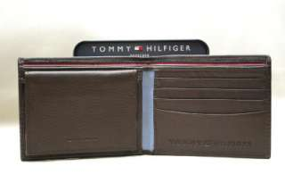 TOMMY HILFIGER MEN LEATHER BROWN BIFOLD PASSCASE WALLET