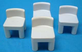 VTG LITTLE TIKES DOLL HOUSE BLUE KITCHEN TABLE & 4 CHAIRS SET
