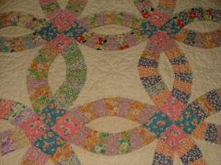 Antique VINTAGE Classic Hand Stitched DoUBLE WeDDiNG RiNG QUILT Old