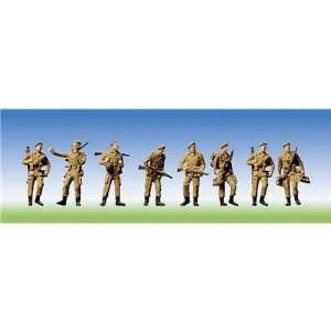 156004   Faller HO   Figuren   Military   Soldaten marschierend