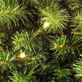 PRE LIT ARTIFICIAL CHRISTMAS TREE / 400 CLEAR LIGHTS / 6.5 FT