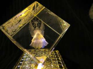 3D Laser Etched Crystal Cube w/Led Color Changing Base Angel