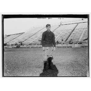 Robinson,Yale Varsity football team on field,1909,smiling