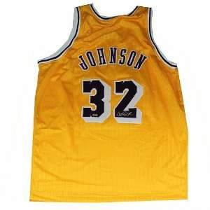 Angeles Lakers Magic Johnson Autographed Jersey: Sports Collectibles