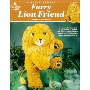 Plastic Canvas Furry Lion Friend (872131): Mary Layfield