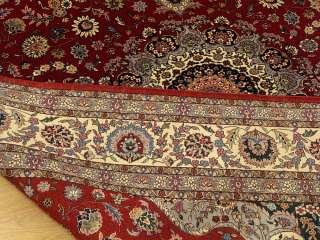 6x9 Handmade Wool / Silk Very Fine Persian Isfahan Rug